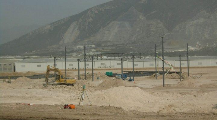 Inicia colocación de estructuras de proyecto en Santa Catarina