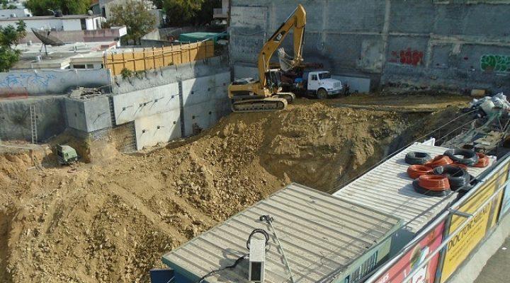Avanza excavación de proyecto de uso mixto en MTY