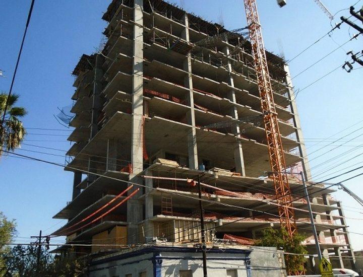 Avanza construcción de edificio de uso múltiple en MTY