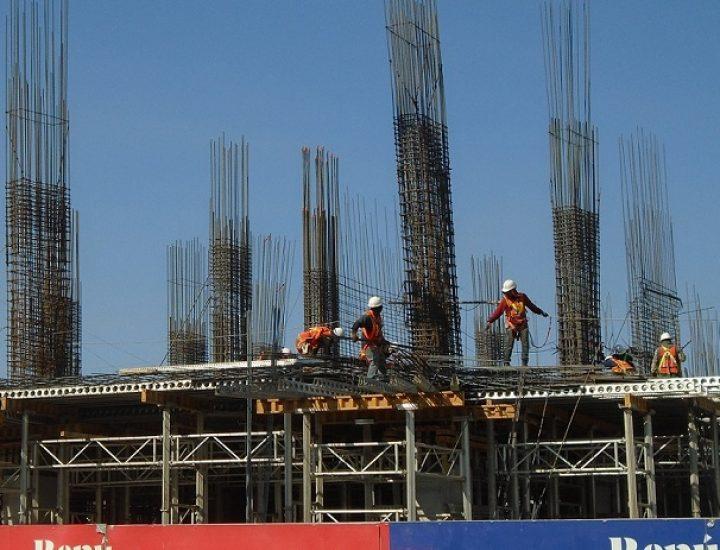 Emerge estructura de torre multifuncional en el Centro