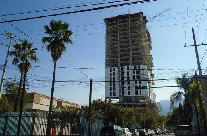 Concluye fase estructural de torre de 'depas' en MTY