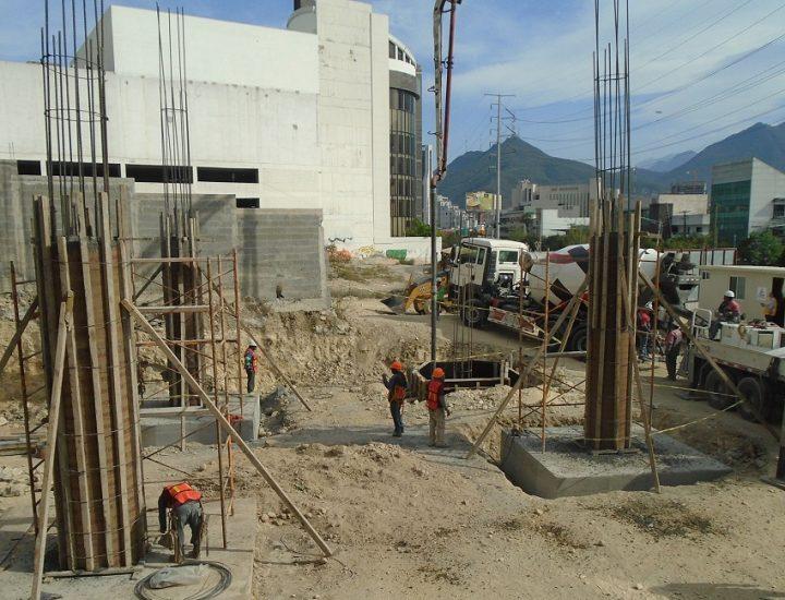 Arranca cimentación de oficinas corporativas en Lázaro Cárdenas
