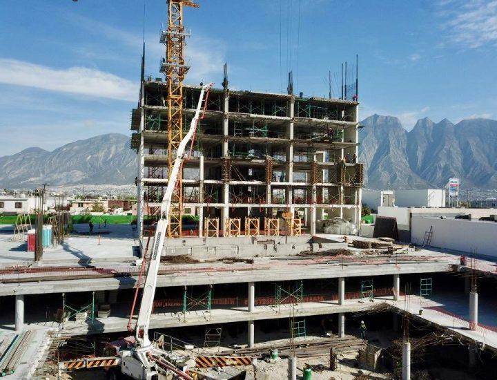 Llega al nivel 7 proyecto de uso habitacional en Santa Catarina