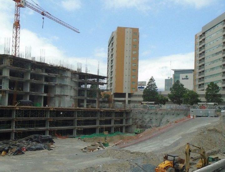 Levantan primeros niveles de torre de uso múltiple en MTY