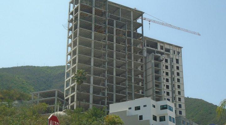 Concluyen estructura de Torres I Y II (de III) en Fundadores