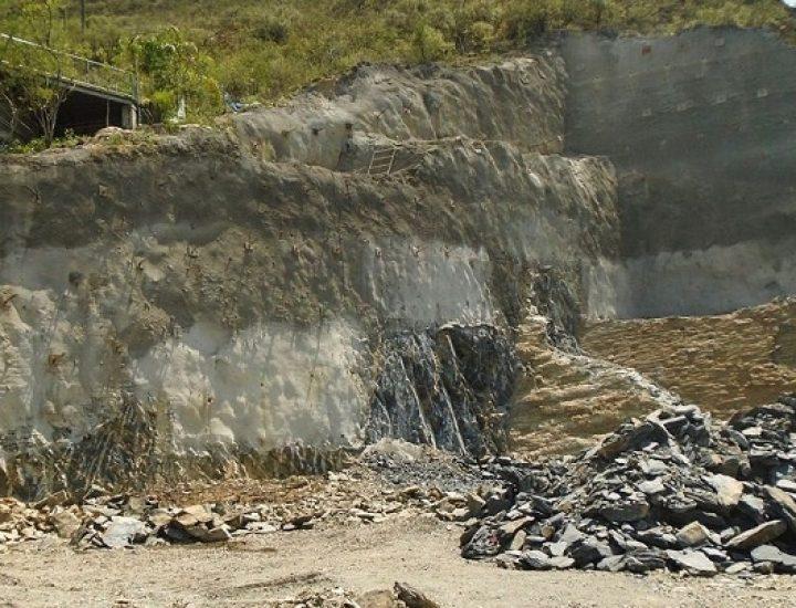 Colocan muros de contención de nueva torre en Col. Del Carmen