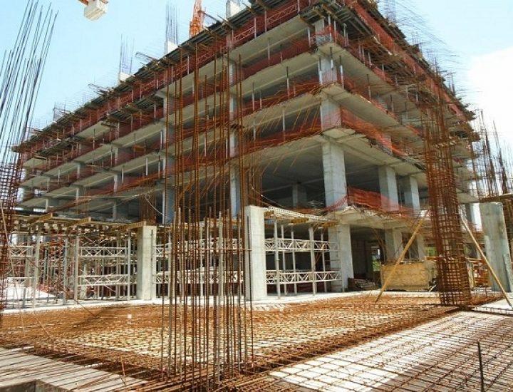 Reinicia construcción de obra mixta en el Centro regio
