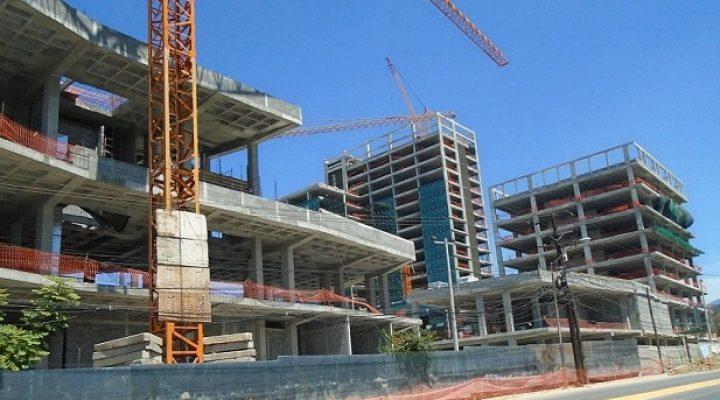 Alcanza 63% avance de complejo multiusos en San Agustín