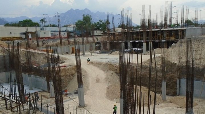 Avanza obra civil de proyecto de lujo en San Pedro