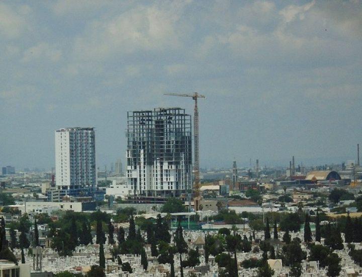 Avanza construcción de proyecto vertical en el Centro regio