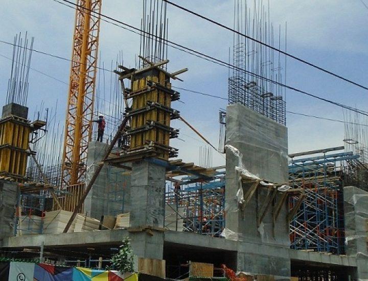 Emergen columnas de complejo de uso mixto en MTY