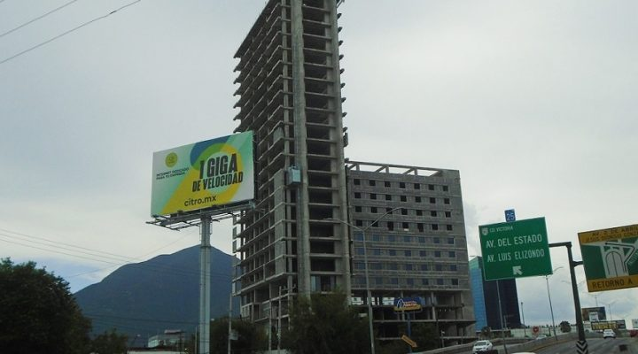 Avance de obra de torre de uso mixto en MTY ronda el 80%