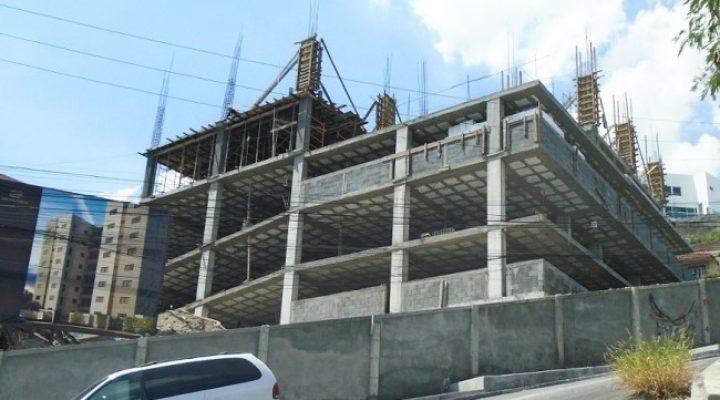 Levantan primeros niveles de torre habitacional en MTY