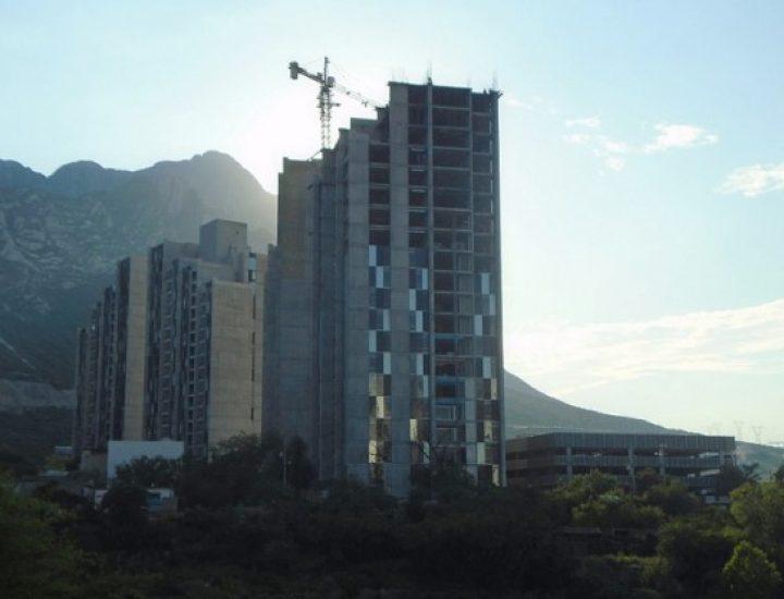Arranca fase de acabados de multifamiliar en Santa Catarina