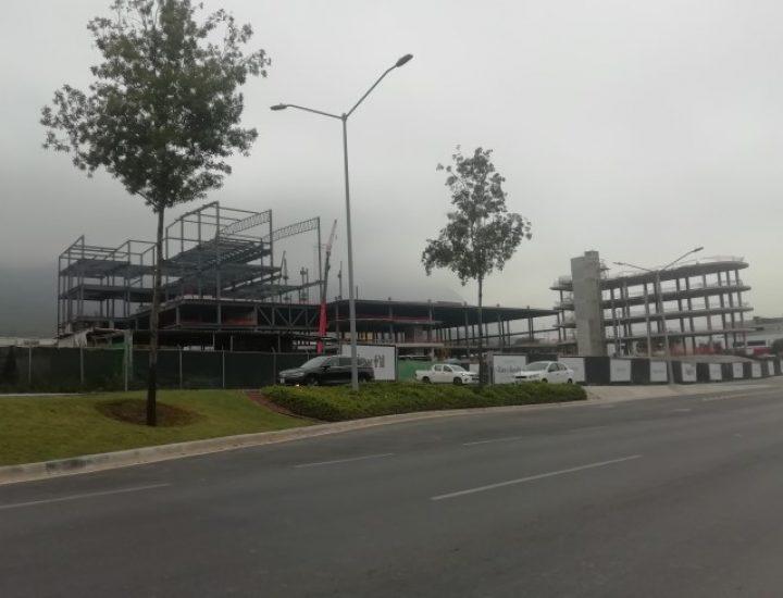 Avanza fase estructural de 'street mall' en Av. Alfonso Reyes