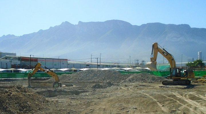 Tendrá firma regia sede corporativa de altura; inicia excavación