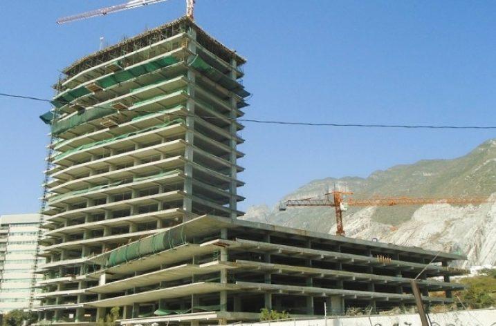 Avanza ejecución de conjunto mixto en MTY; inicia segunda torre