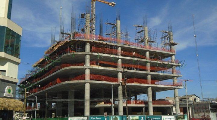 Se inicia el ascenso de torre de uso mixto de 17 niveles