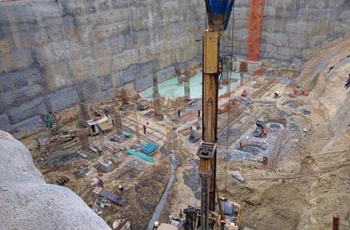 Inicia cimentación de 'strip mall' de 26 mil m² en San Pedro