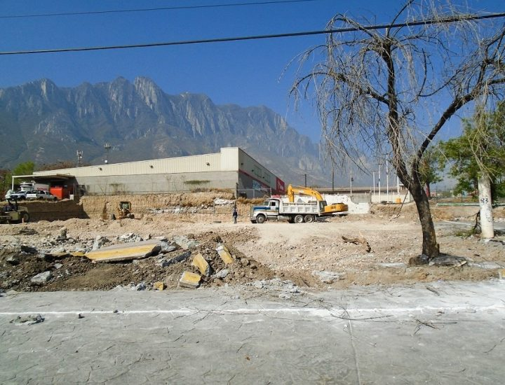 Arrancan obras de complejo multifamiliar en Santa Catarina