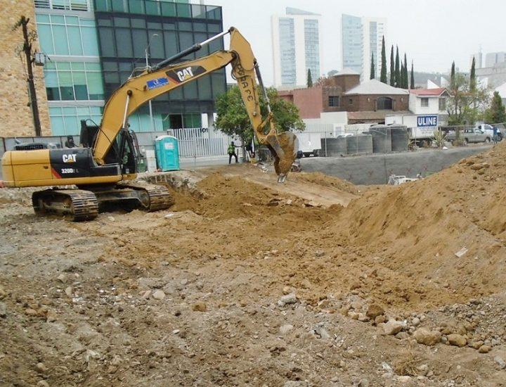 Dan inicio obras de edificación multiusos en SP; sumará 8 mil 081 m2