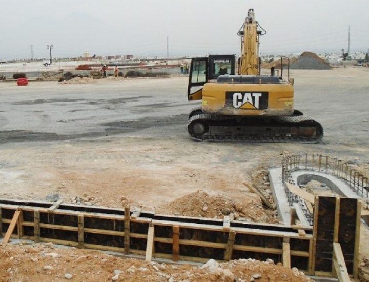 Arrancan obras para edificar supermercado en García