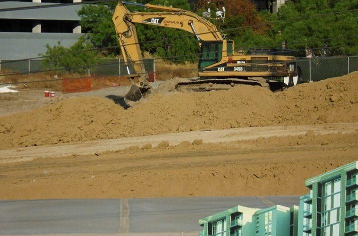 Definirán constructora de proyecto habitacional vertical; arranca excavación