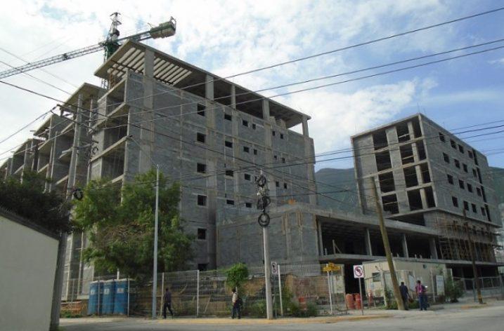 Alistan etapa final de conjunto habitacional de 25 mil m²