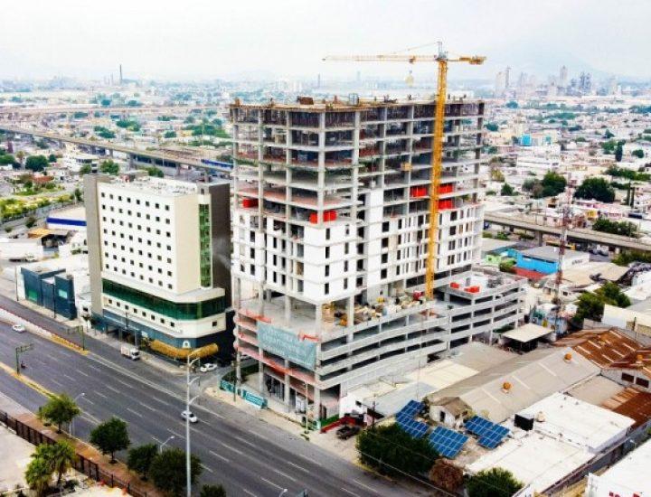 Alcanza 73 por ciento ejecución de torre multiusos en MTY