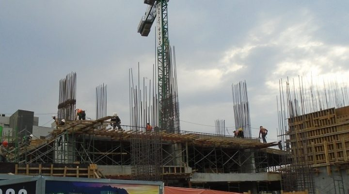Erigen primeros niveles de torre de uso corporativo en MTY